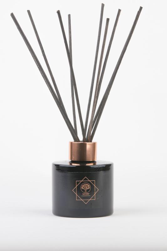LA PASSION namų kvapas su lazdelėmis 100 ml.